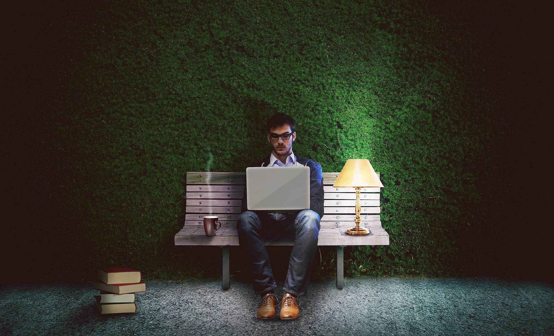 Programmer : Bahagia, Tersiksa, atau Mati?